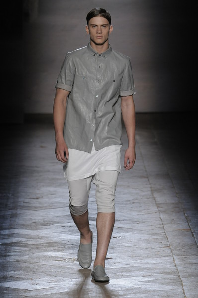 Trends Ss2010 The Men S Skirt Team Peter Stigter