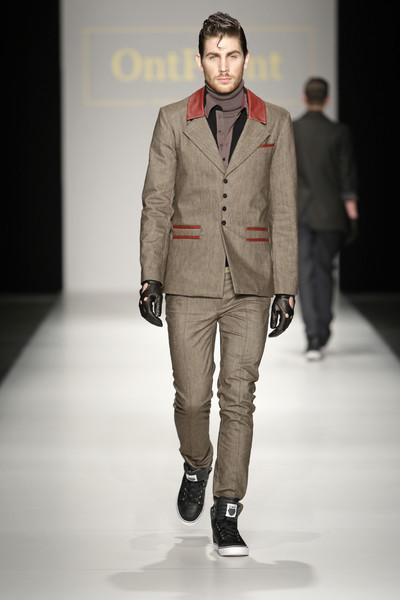 Fashion week International amsterdam fashion week fall for woman