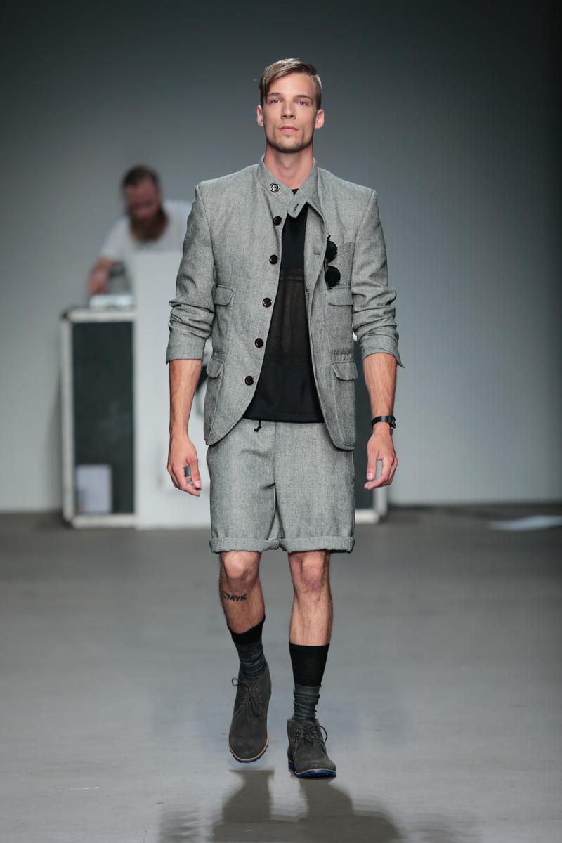 Guerrilla stunt Zeeman op Amsterdam Fashion Week Zeeman amsterdam fashion week reacties