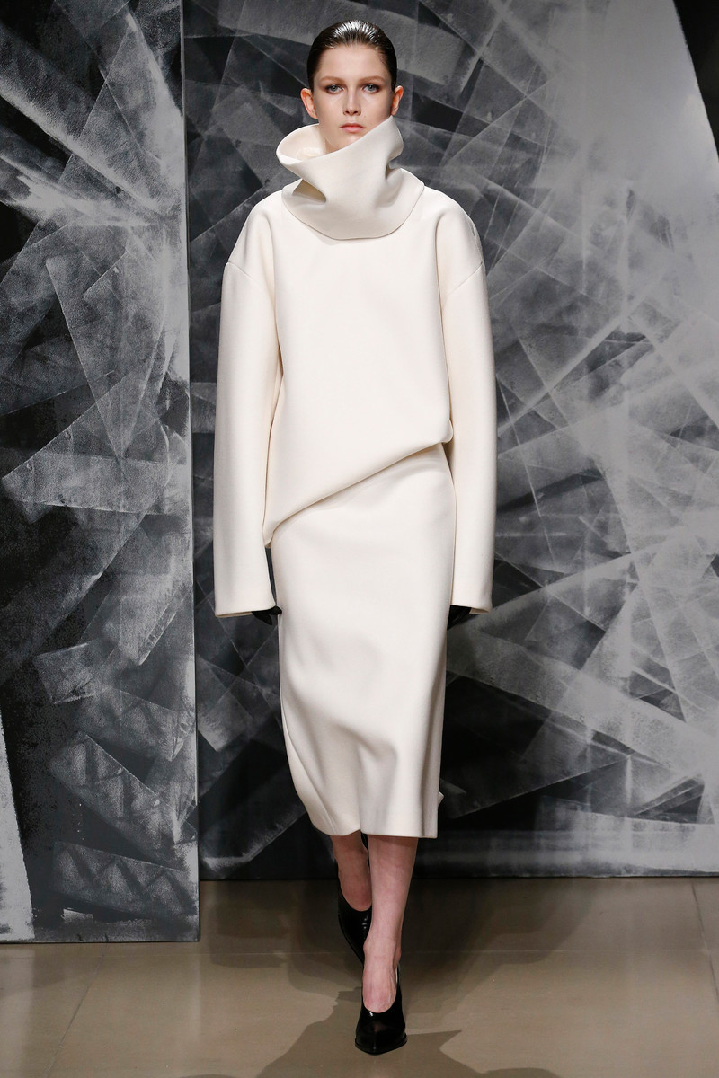 Jil fall sander runway exclusive photo
