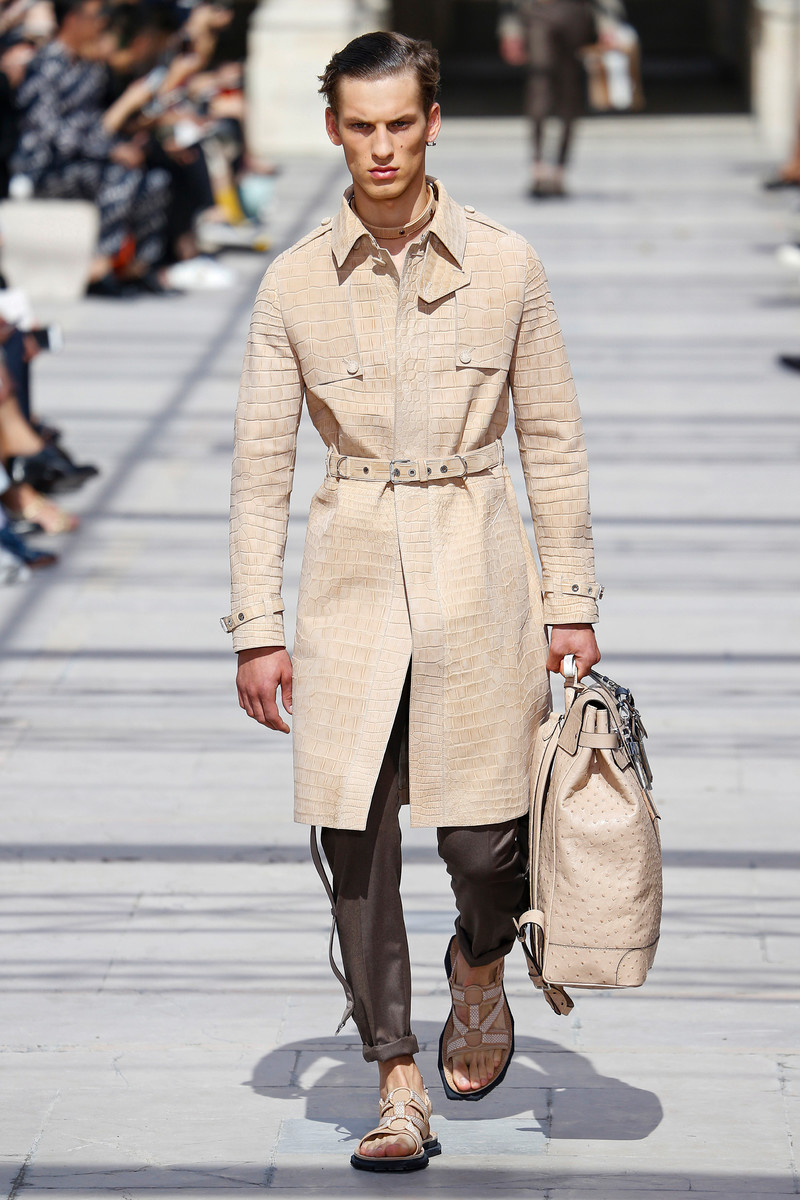 Louis Vuitton Catwalk Fashion Show Paris Menswear SS2017