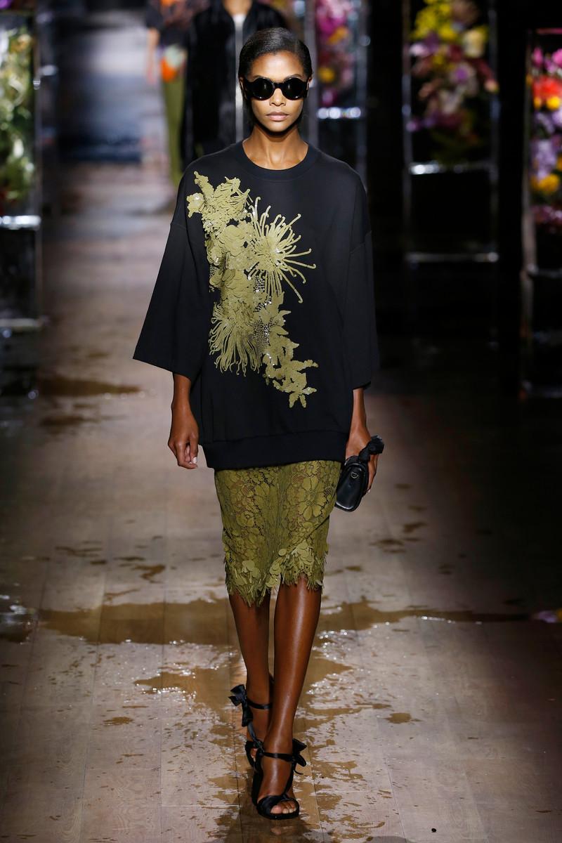 Dries van Noten Fashion Show Womenswear Paris SS2017