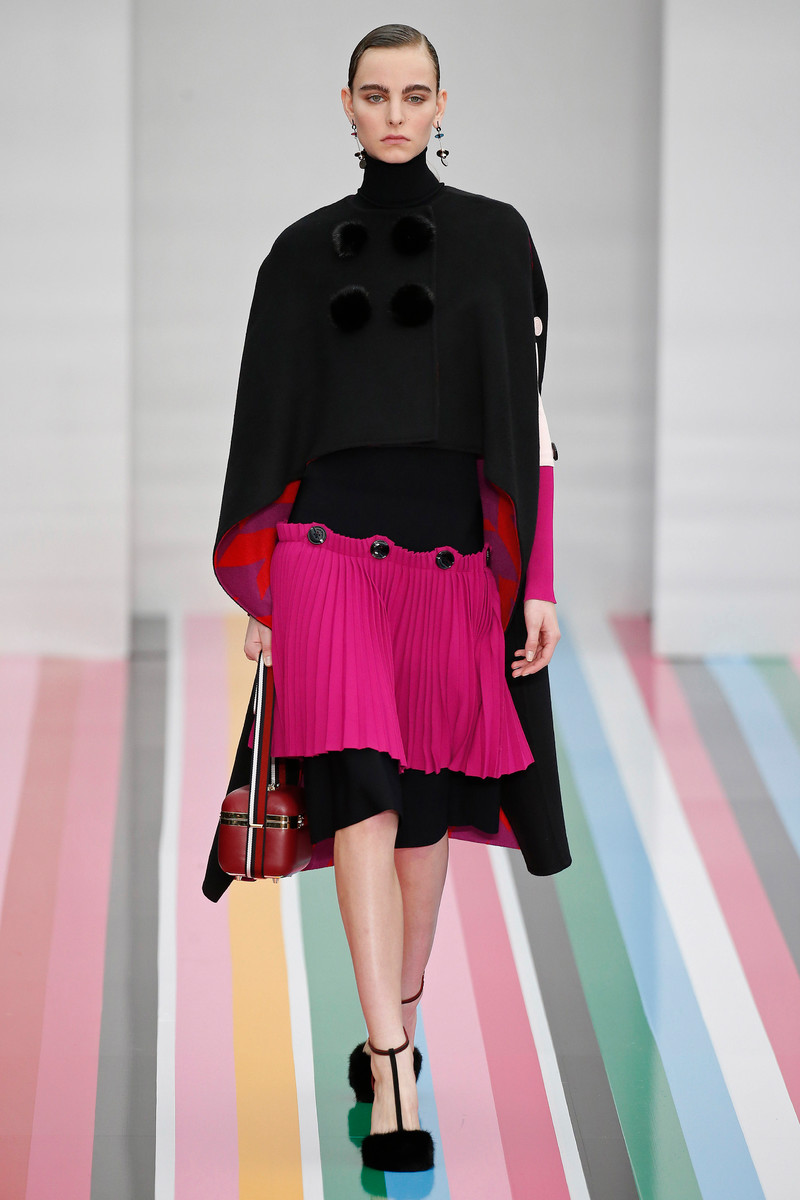 WOMENSWEAR TREND FW2016: Playful Pleats