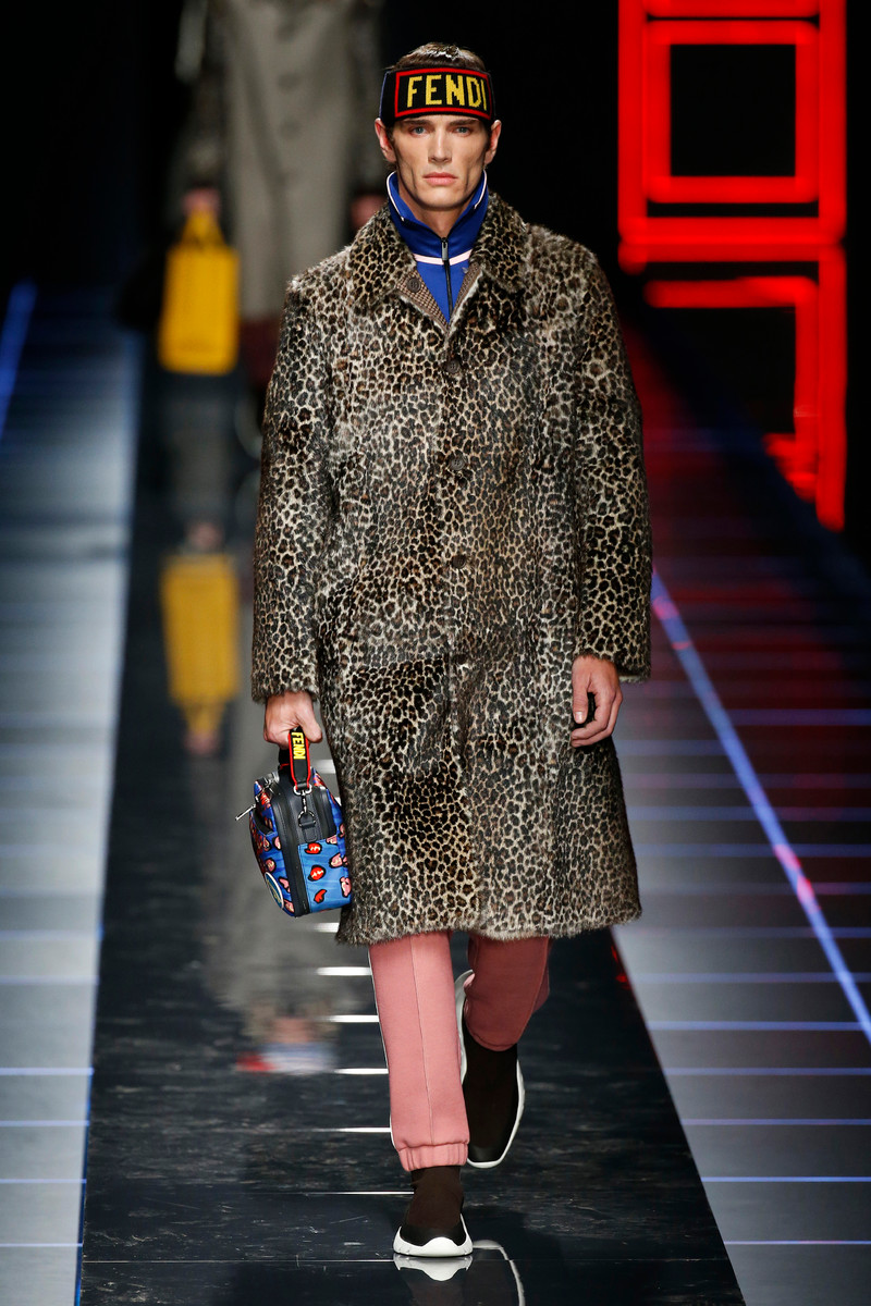 Fendi Catwalk Fashion Show Milan Menswear FW2017