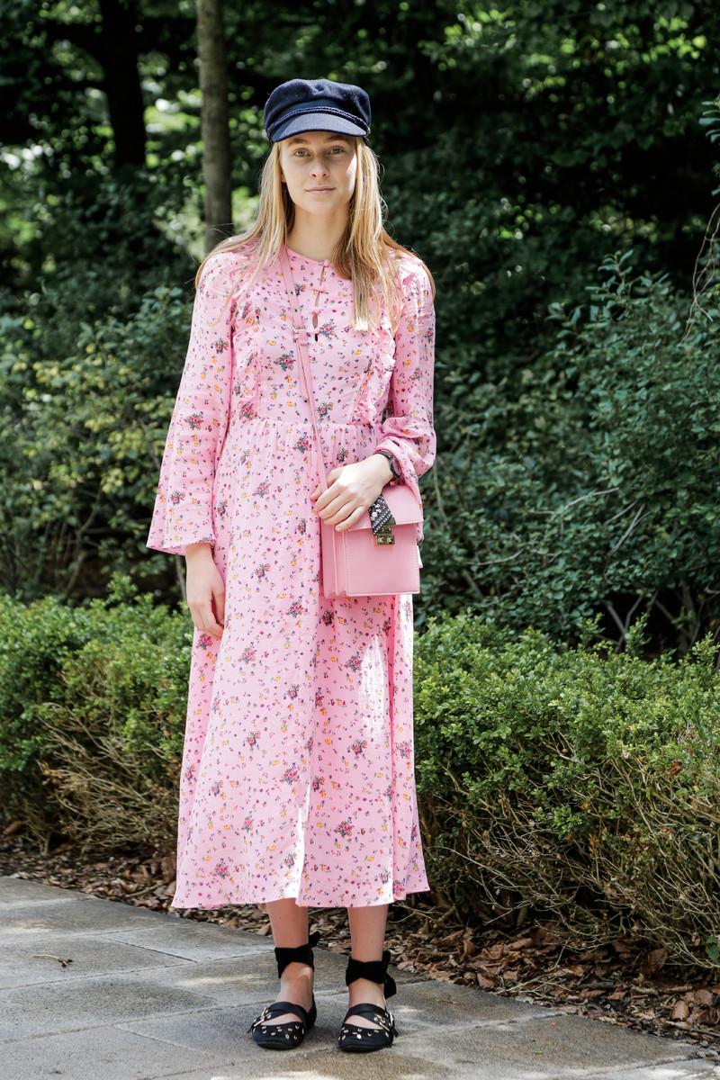 Summer Streetwear Trend 2017: Pink Life