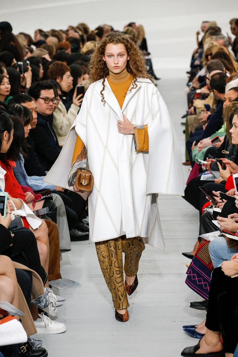 Céline Catwalk Fashion Show Womenswear SS2018 Paris