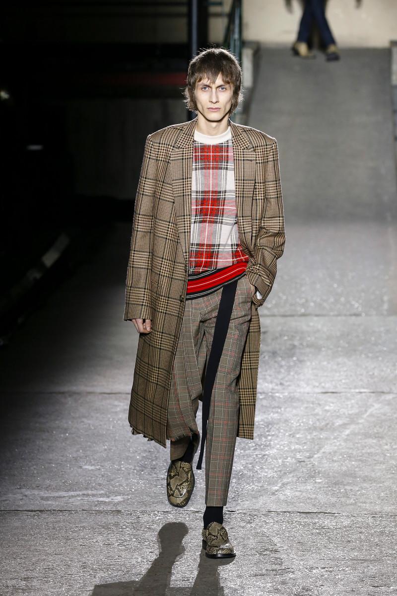Dries van Noten Catwalk Fashion Show Menswear Paris FW2018
