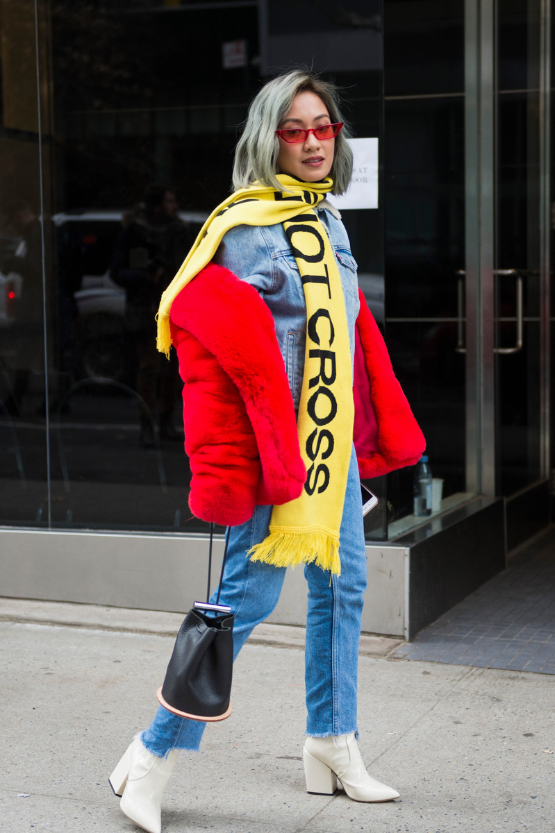 Streetstyle Trend Report SS2018: Supporter Scarf