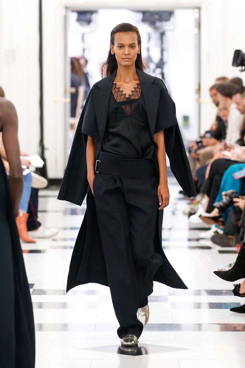 Victoria Beckham Catwalk Fashion Show London Womenswear SS2019