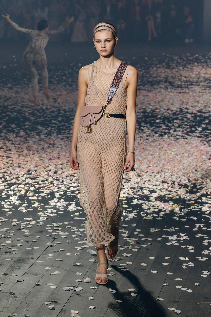 Dior Catwalk Fashion Show Paris Womenswear Ss2019 Team Peter Stigter Streetwear And Photography