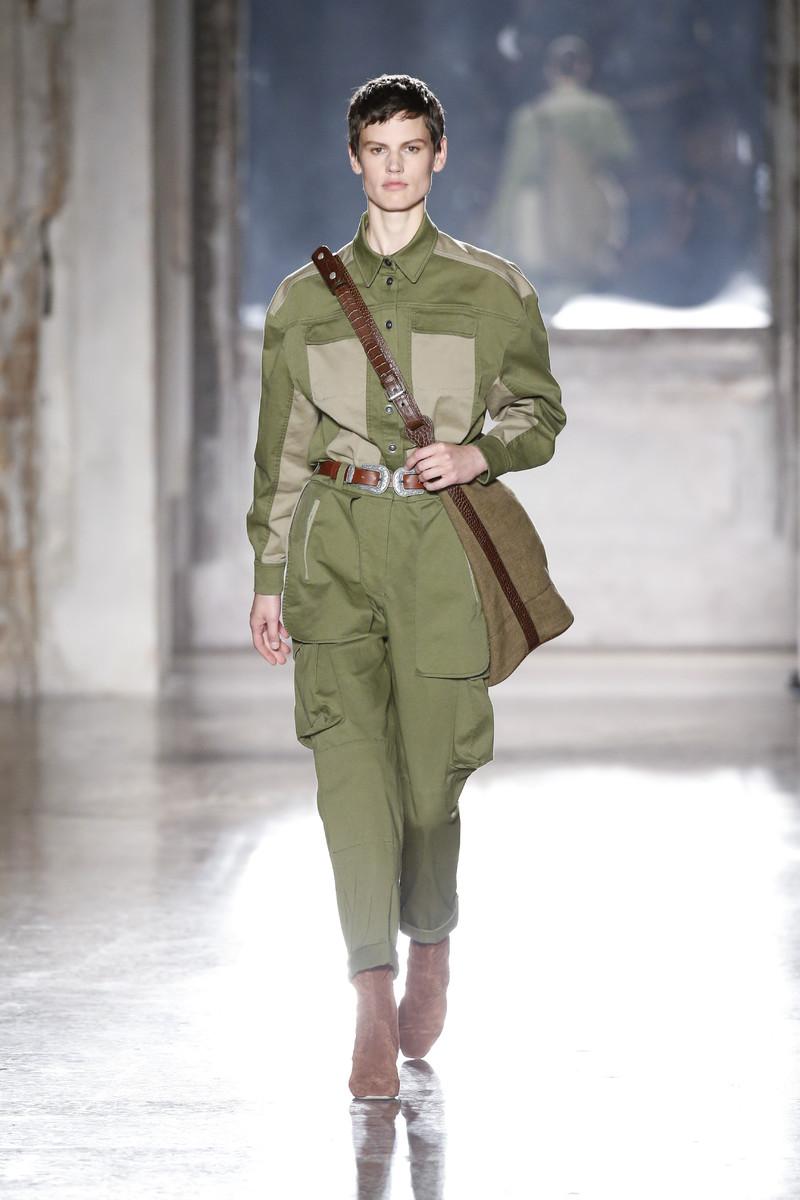 Alberta Ferretti Catwalk Fashion Show Milan Womenswear SS2019