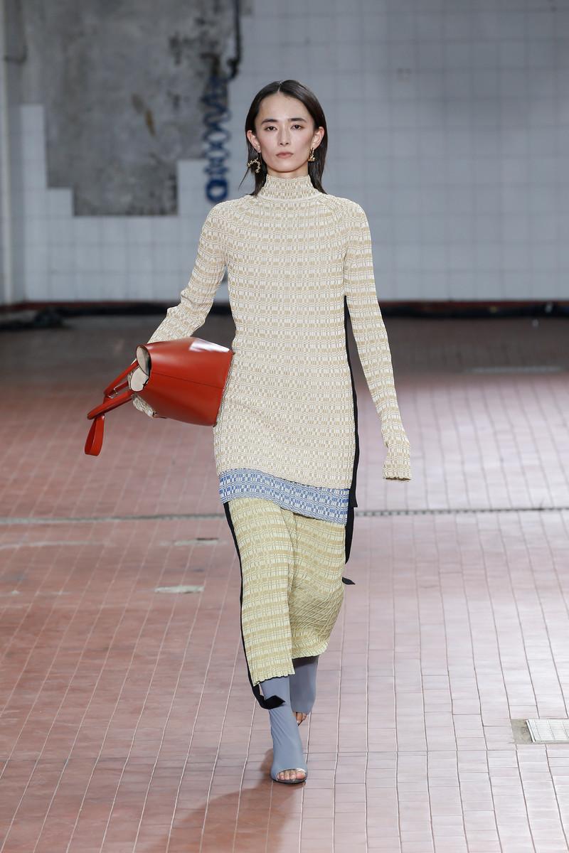 Jil Sander Catwalk Fashion Show Milan Womenswear SS2019