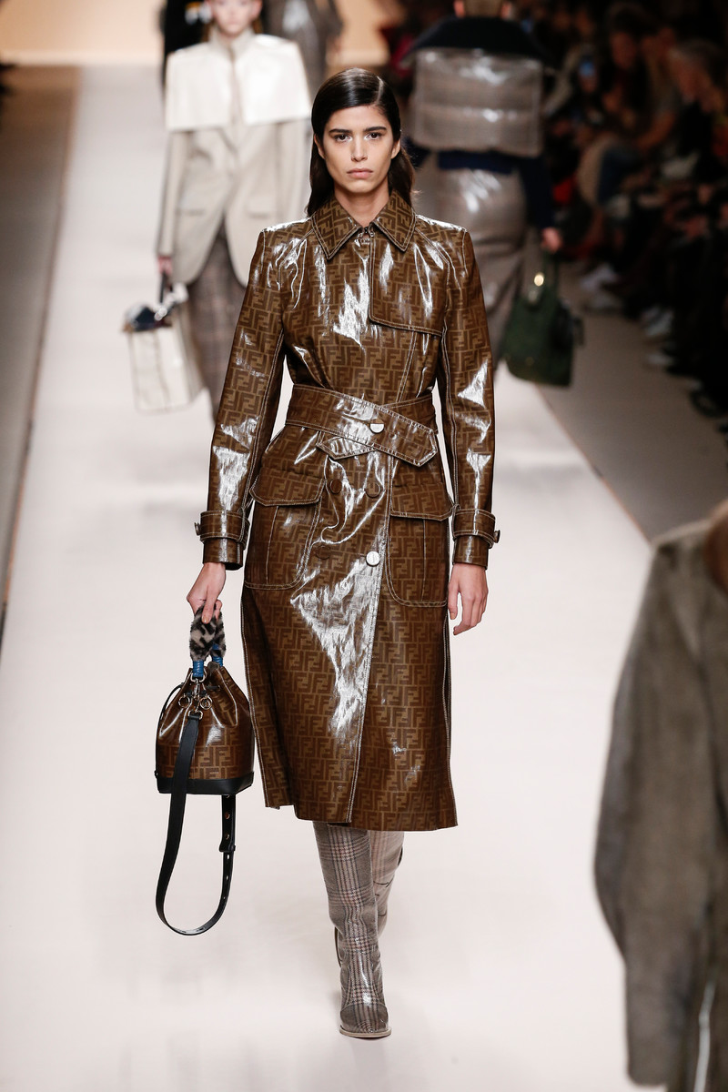 Fashion Trend FW2018: High Shine