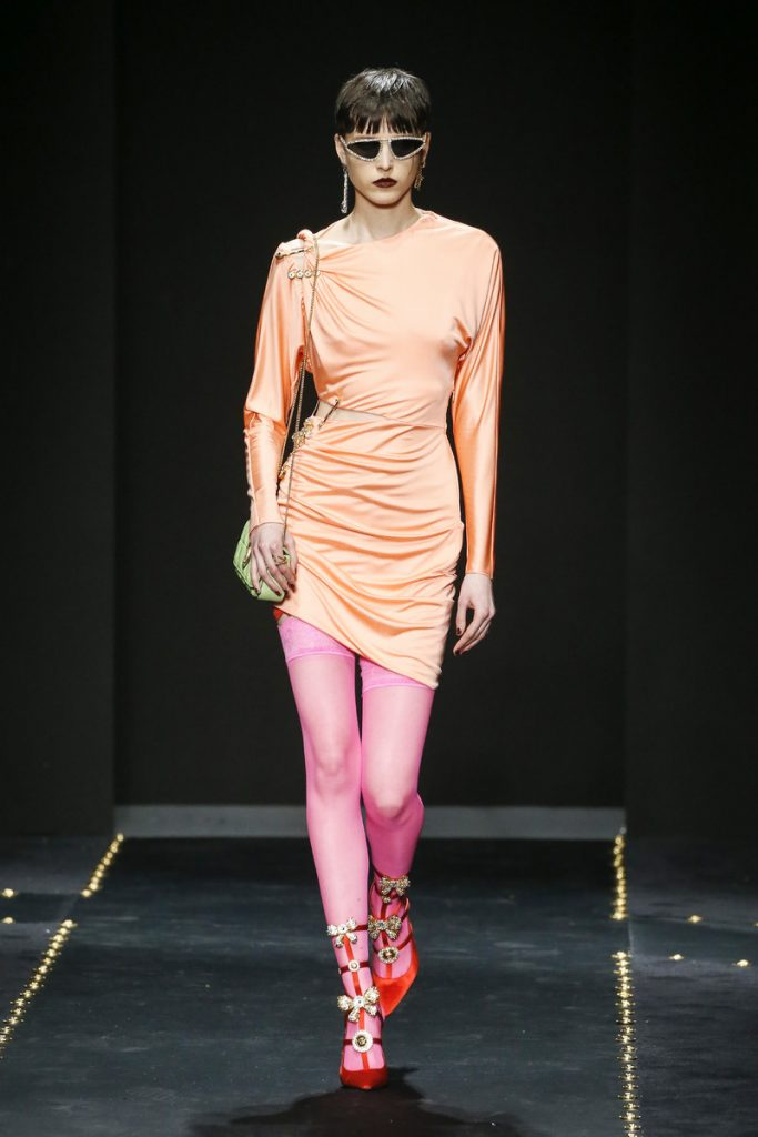 fc8e1ca240 Versace Catwalk Fashion Show Milan FW2019 | Team Peter Stigter ...