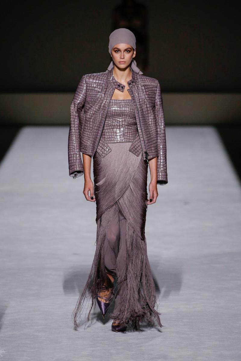 Catwalk & Streetwear Trend Spring/Summer 2019: Fringe this