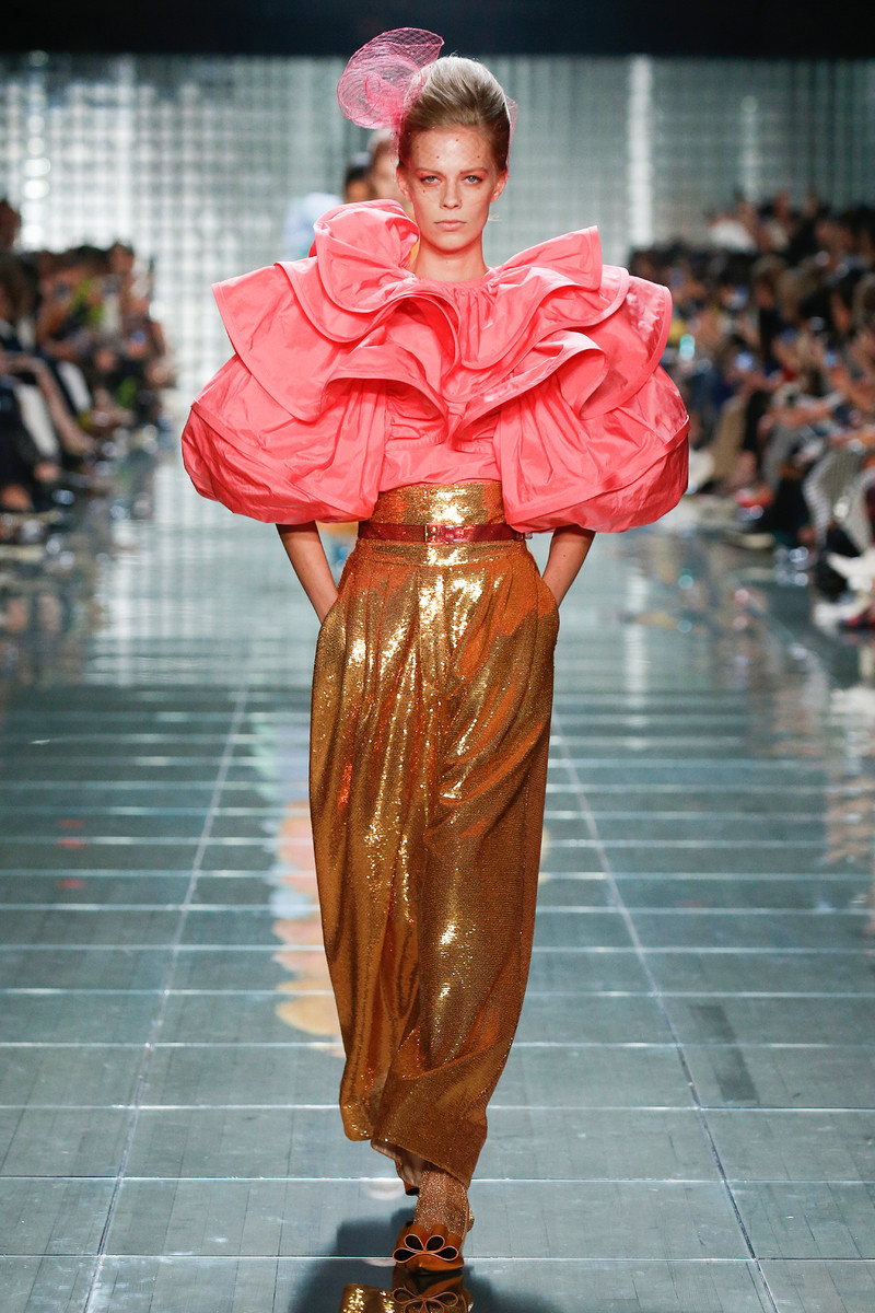 Catwalk & Streetwear Trend Spring/Summer 2019: Ready to Ruffle