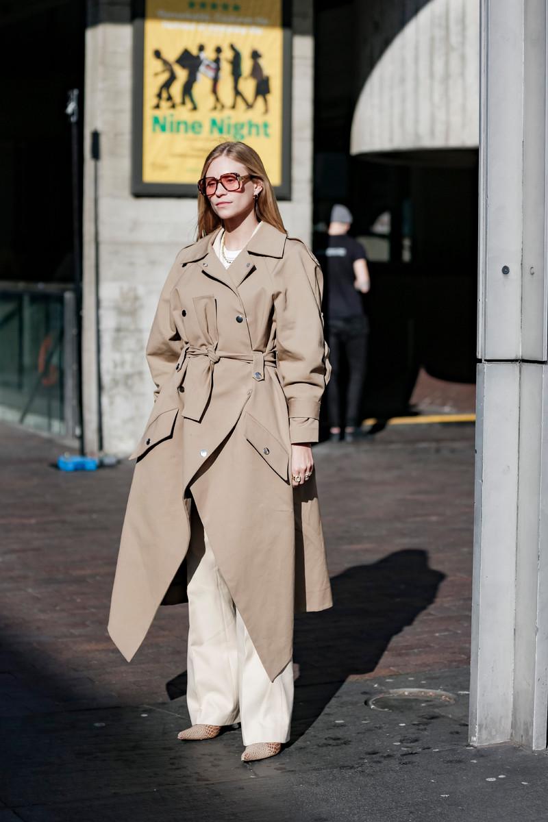 Catwalk & Streetwear Trend Spring/Summer 2019: Head to toe neutrals