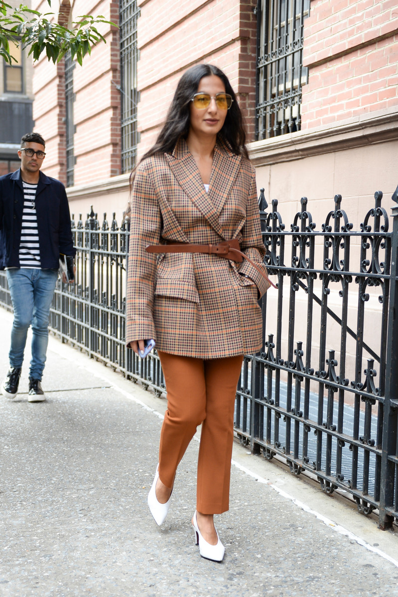 Streetstyle Trend SS2019: Belted