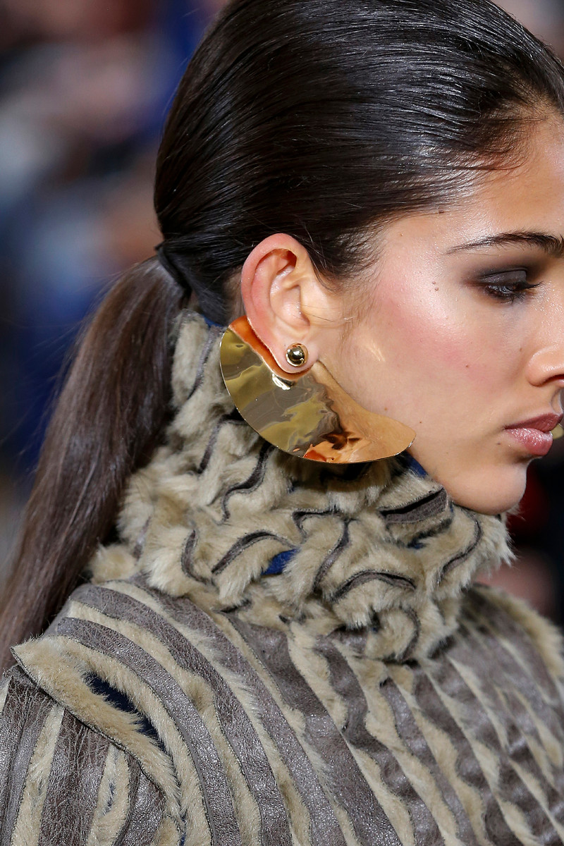 Fall/Winter Detail Trend: High Shine